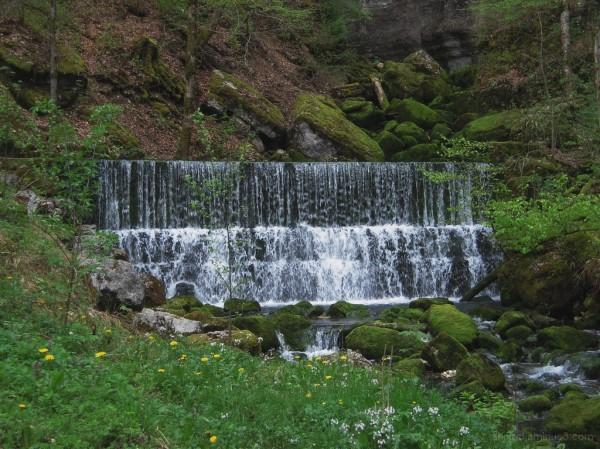 Cascade (Domaine du Lac de Chalain - Jura)