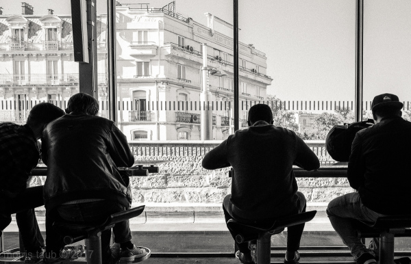 Travelers waiting for their train in Montpellier.