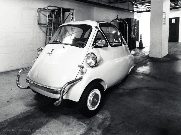 Micro bubble car by BMW