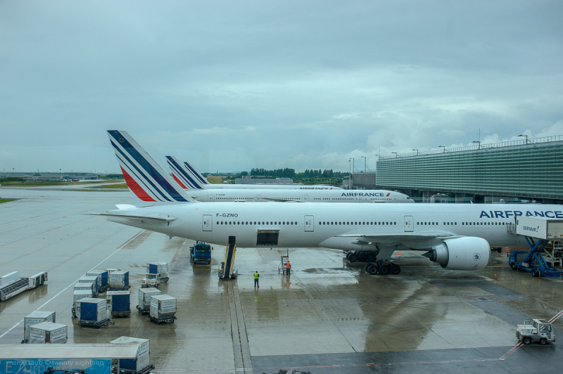 AirFrance planes being readied for flight.