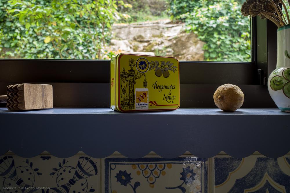 Kitchen stuff on window ledge.