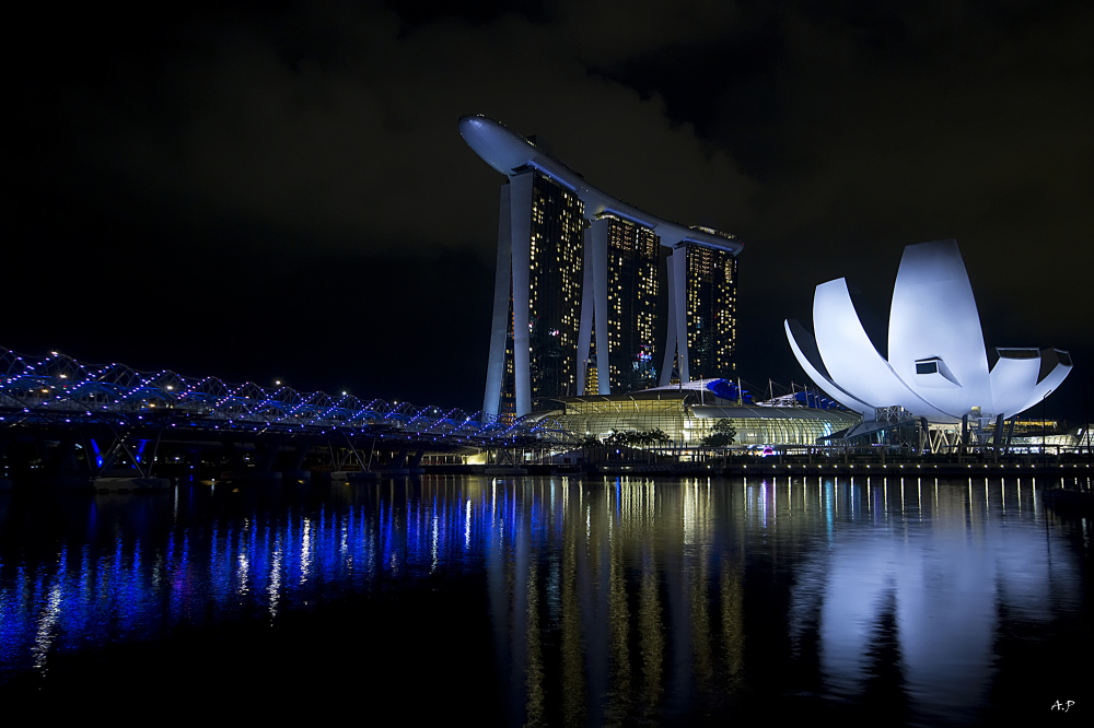 The helix and the marina bay sands (Singapore)