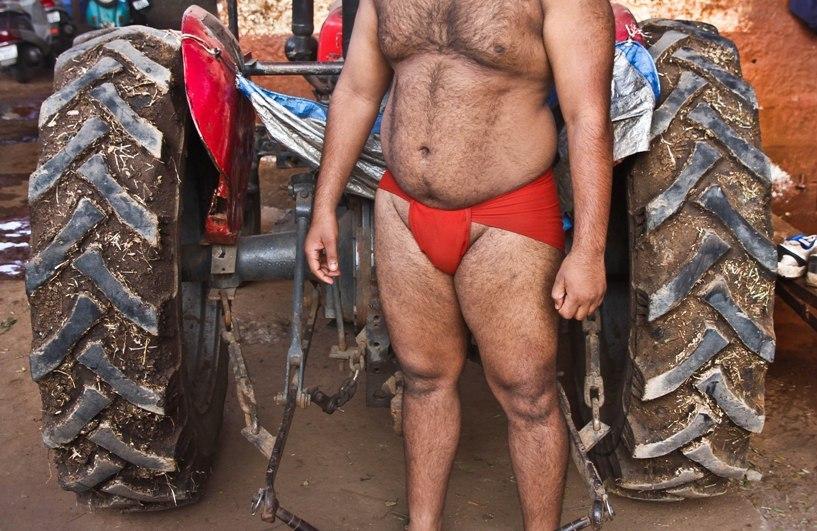 Khusti - wrestling in the soil