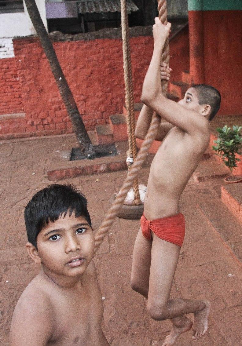kusti-wrestling in the soil