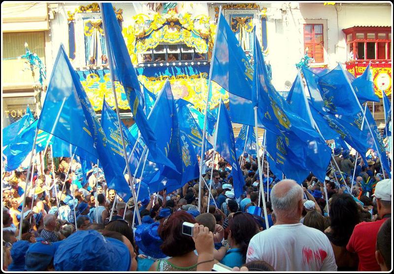 bando azul maltés