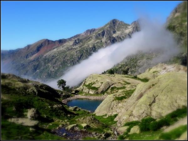 la nube t la montaña