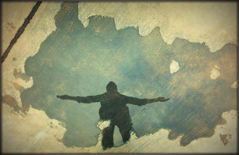 گرفتار آزادی (Captive of Freedom)