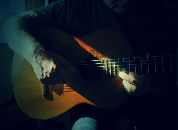 le temps de sa première guitare