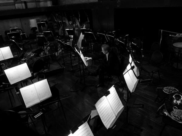 Entr'acte dans la fosse d'orchestre