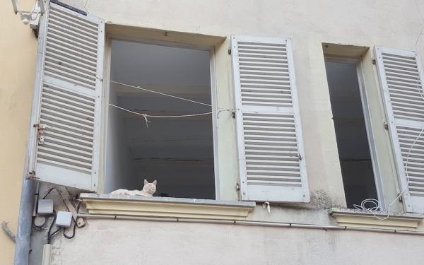 Place de l'équerre, Toulon