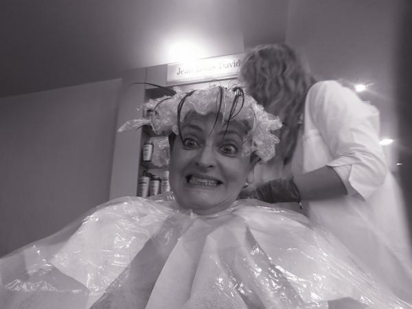Faire le clown chez le coiffeur...