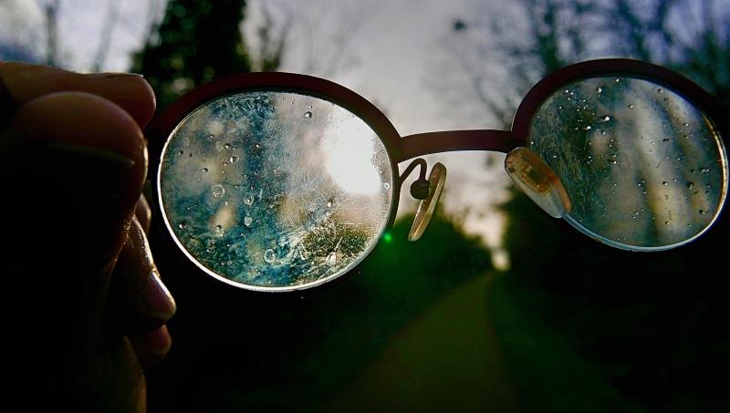 Ne voir rien , que la route qui verdoie