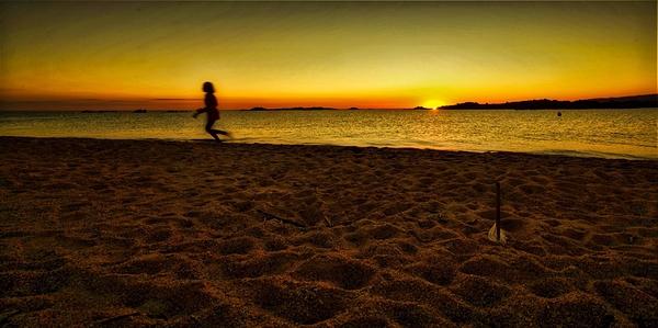 plage de la Tonnara(Bonifacio) , soleil couchant