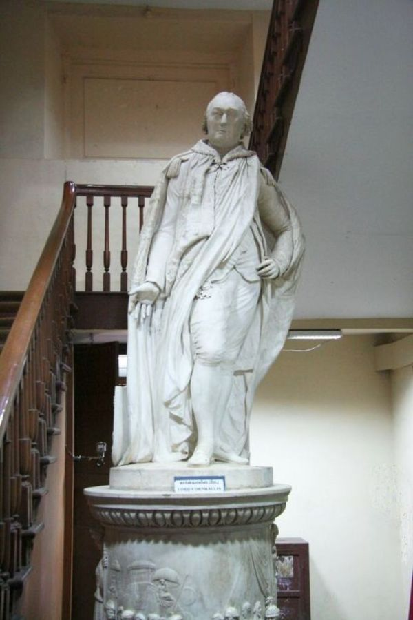 Marble Statue - Charles Corwallis, 1st Marquees KG