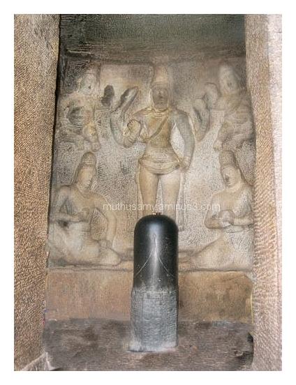 Shiva Sanctum, Trimurti Cave, Mahabalipuram (23)