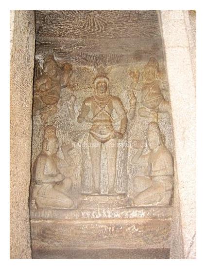 Brahma Sanctum Trimurti Cave, Mahabalipuaram (23)