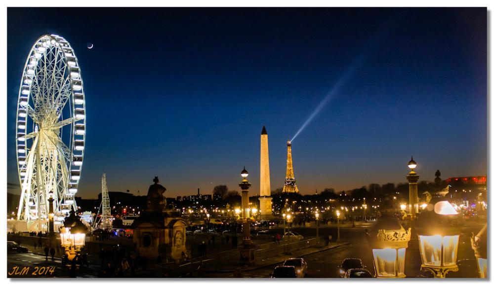 Lune Paris place de la concorde