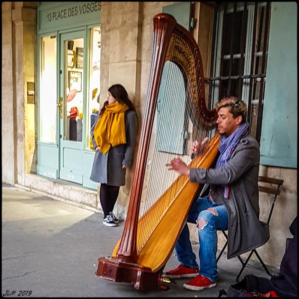 le Musicien (de la place des Vosges)
