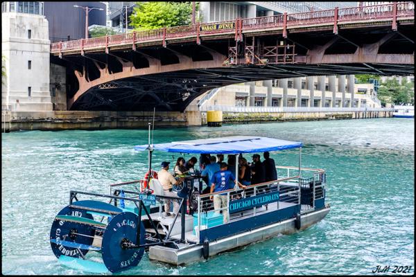 Fujifilm X-Pro2 Chicago Water-Taxi