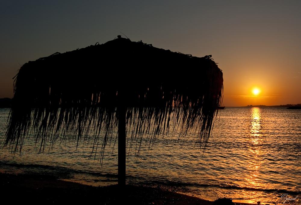 Plage sur l'ile de Paros ( Les Cyclades )