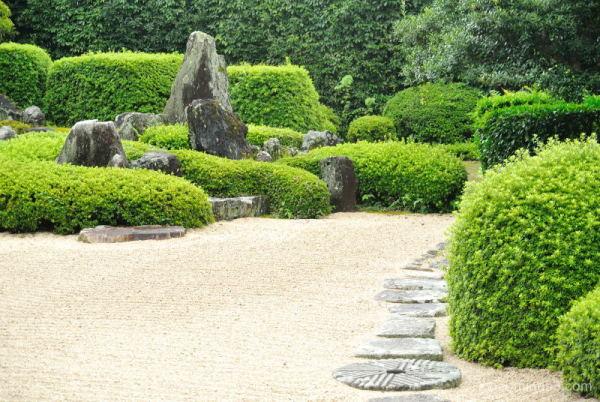 dry-landscape-garden Raikyuji Temple Takahasi Okay