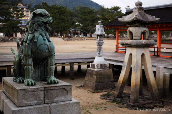 guardian Itsukishima-shrine Miyajima Hiroshima