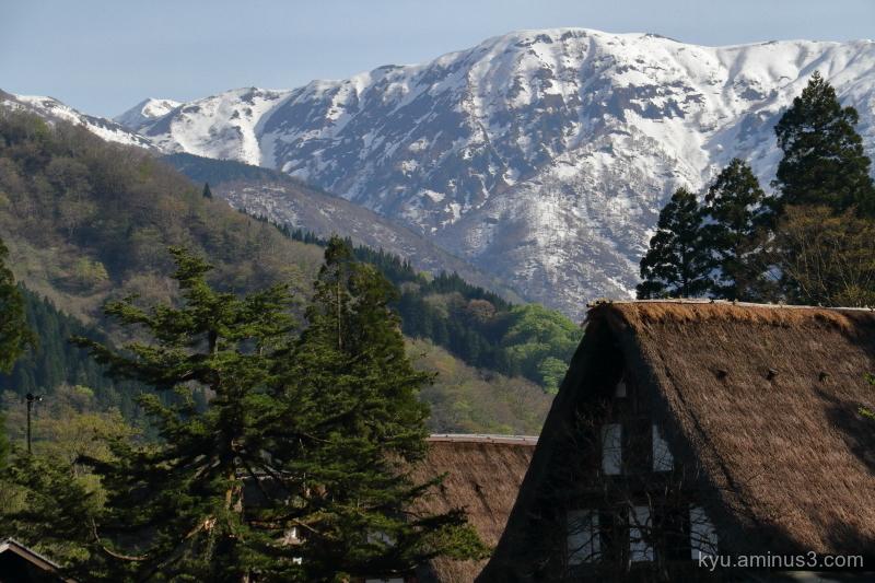 thatched-roof-houses Gokayama Toyama