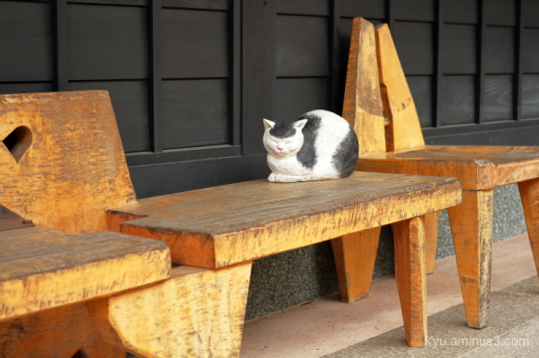 cat wood-carving Inami Toyama