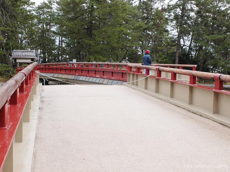 swing-bridge Amanohashidate Kyoto