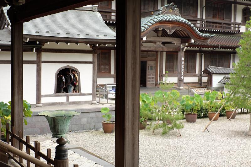 summer framing Kenchoji temple Kamakura Kanagawa