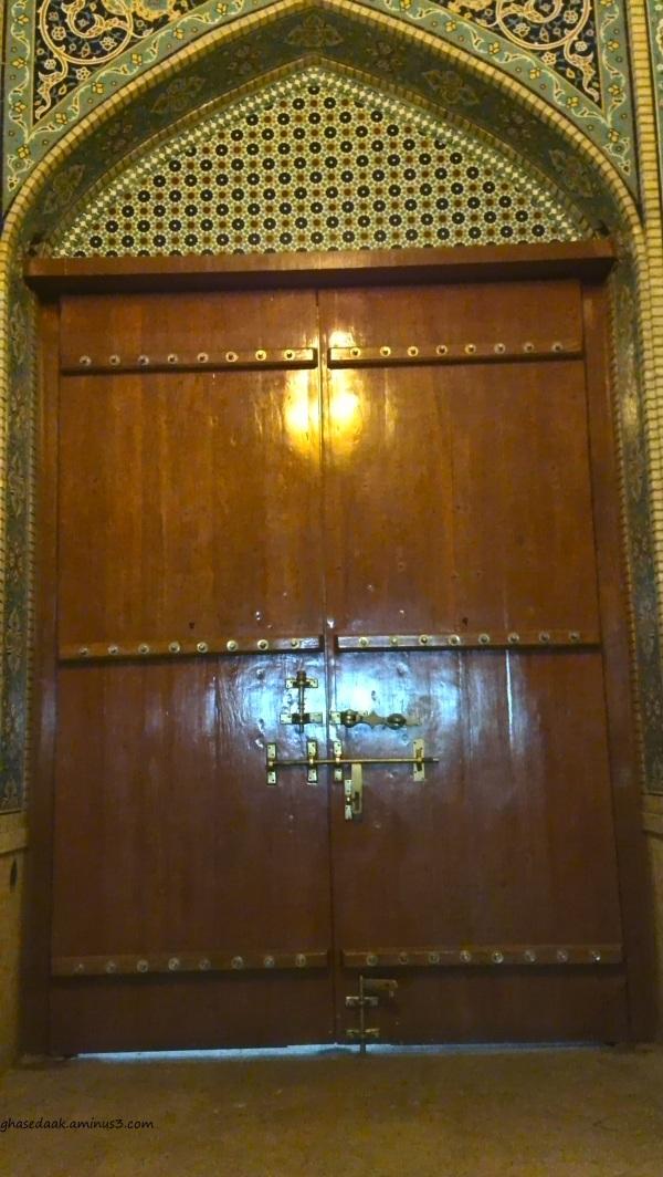 shiraz woodendoor