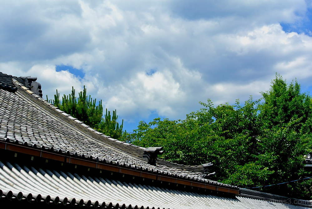 The blue sky  仏光寺