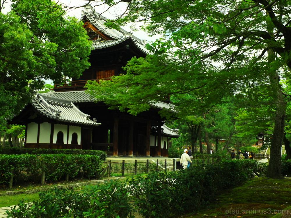 A main gate 建仁寺