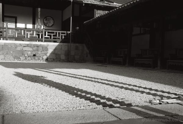 Shadows 万福寺