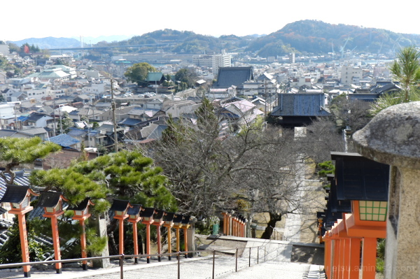 From the temple on a small hill (Onomichi)