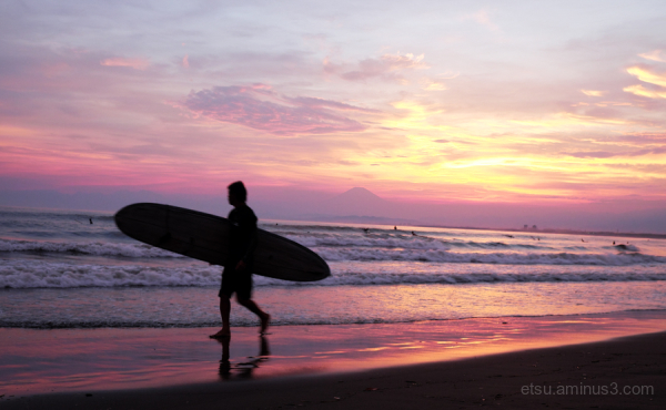 Enoshima surfing spot