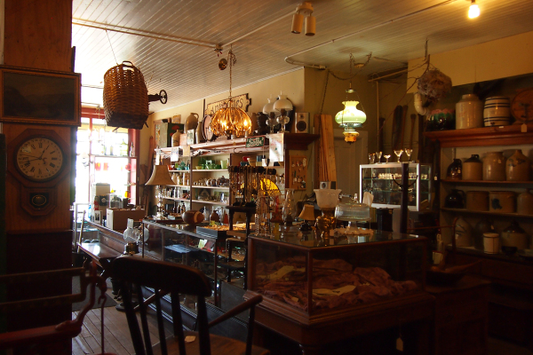 The Old General Store - The Counter