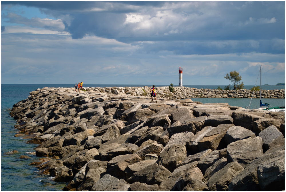 Running carefree on the rocks at Meaford Harbour