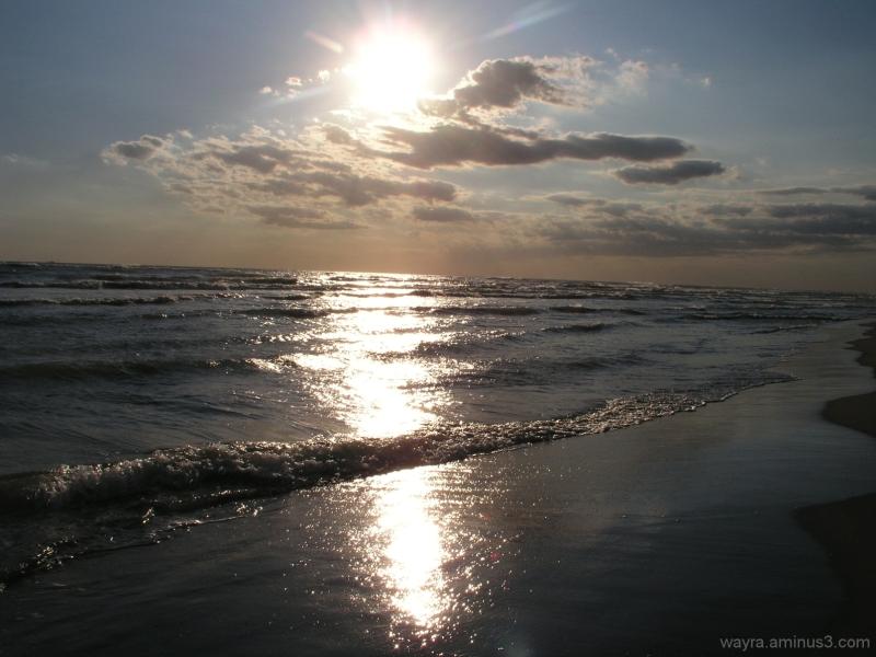 Sun, sea and clouds