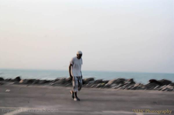 مرد دریا ...خسته از دردهایش ... اما استوار