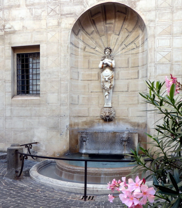 ROME  : LES FONTAINES  - 4 -
