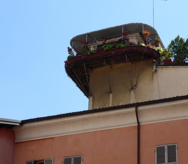 UNE TERRASSE TRES PRIVEE ..... ( Parme - Italie)