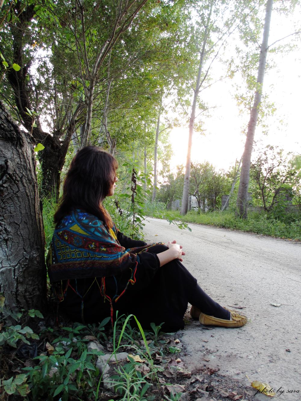 ... نشسته بر جاده ی دلتنگی