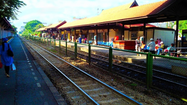 a small train station near Bangkok