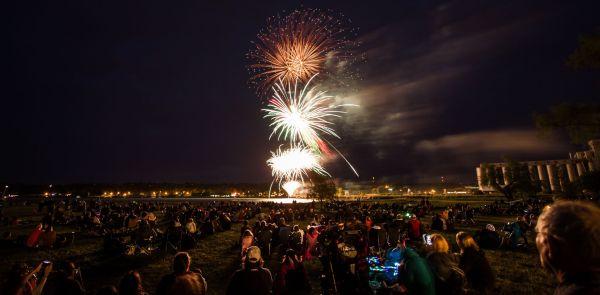Wide Angle Fireworks