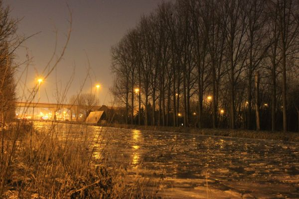 Icy canal (2)