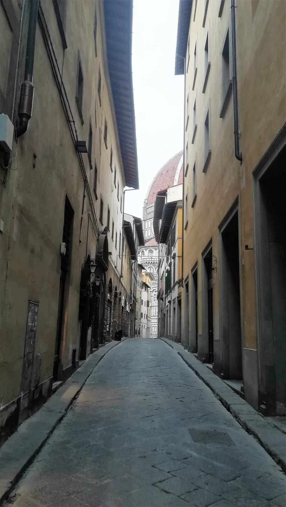 en chemin vers la cathédrale de Florence ..