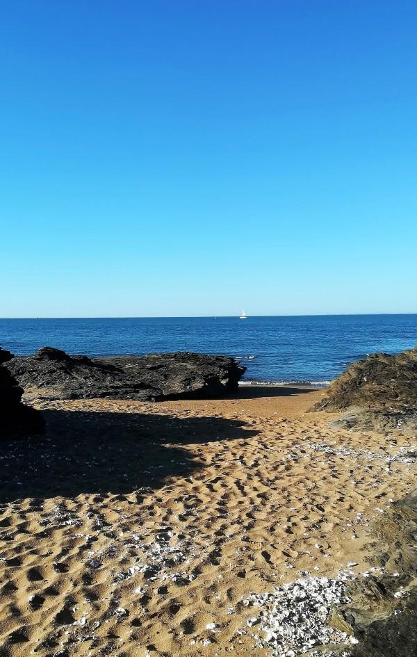 Matin sur la petite plage ...