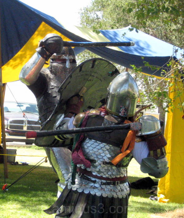 SCA Fighters get ready for the Highland War