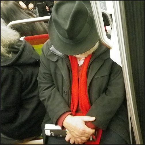 L'écharpe rouge